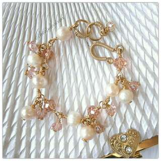 Blushing Pearl Bracelet