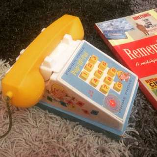 Telefon Mainan Antik