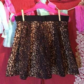 #020 Skirt Leopard Print