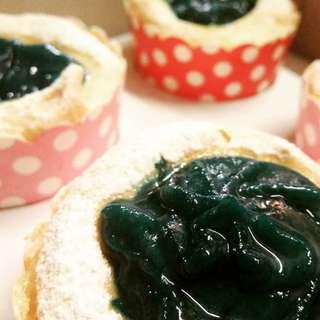Blueberry Brazo de Mercedes Cupcakes