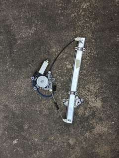 2005, 2006, 2007 Nissan Sunny front right (driver) power window motor and regulator set
