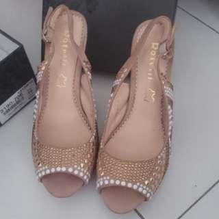 High heels rotelli