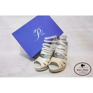 🚚 Miss Sofi Princess 白色交叉編織羅馬高跟涼鞋