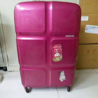 4 Wheels Luggage Size H 30inch W19inch, repair before