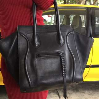 Celine Phantom In Matte Black