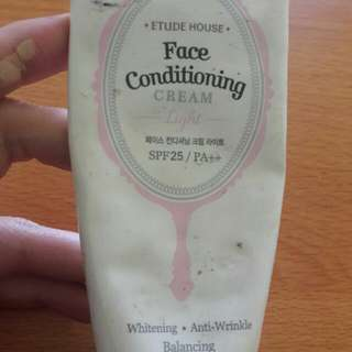Preloved Face Conditioning Pink Isi Kurleb 60%