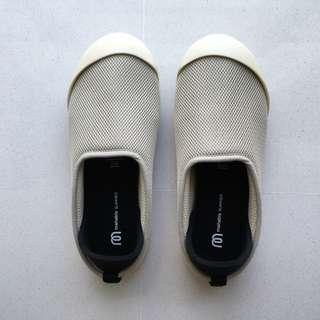 Brand new women Mahabis summer slipper shoes