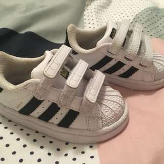 Adidas Toddler shoes size 4K