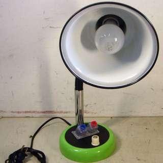 「早期檯燈保存度極佳」 早期 古董 復古 懷舊 稀少 有緣 大同寶寶 黑松 沙士 鐵件 40年 50年