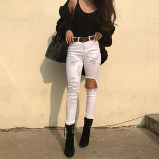 🚚 「新品推薦」歐美時尚百搭破洞包臀合身顯瘦牛仔褲