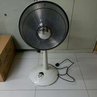 German heater, 暖爐 33寸高 8成新