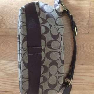Coach clutch handbag small 99% new