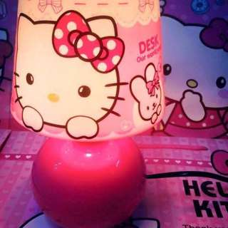 HELLO KITTY MUSHROOM LAMP