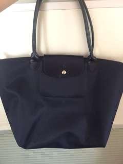 New and unused Longchamp Planetes handbag in Navy Blue