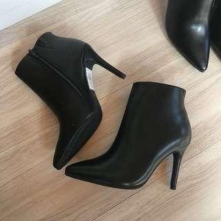 全新❤️RANDA日貨PU皮面高跟拉鍊踝靴(含運)