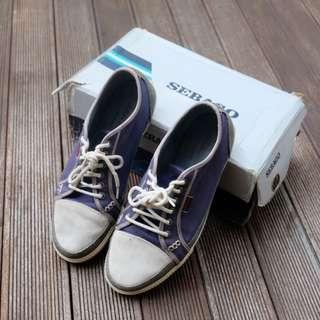 Sepatu Sneaker Pria Merek Sebago Size 42