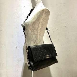 New Maxi Sling Bag