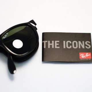 Wayfarer Folding by Ray-Ban