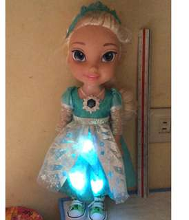 Disney Princess 👸 Elsa Talking and singing Toddler 15""