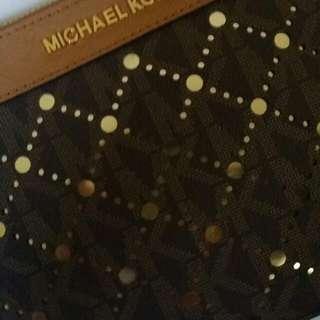 MICHAEL KORS zip clutch RuSh