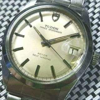 Tudor Prince Oysterdate 90500 ,40幾年錶,保存完好,新淨企理 ,原裝面無番寫,快推日曆,勞的勞底, 25石自動機芯,已抹油,行走精神, 錶頭34mm不連錶的,原裝鋼帶 ,淨錶$7500,上行加$500,請pm