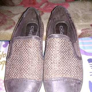 Sepatu colette