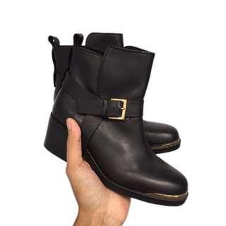 Stradivarius Boot Size 36 [Repriced]