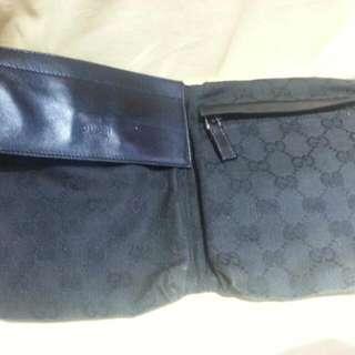 Gucci 黑色双袋經典腰包