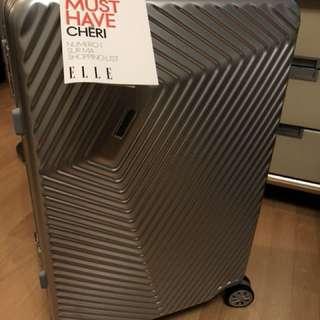 全新ELLE Vortex Collection 24吋行李箱銀包(連原裝塵袋) [型號: 51205]