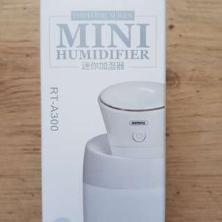 REMAX Mini Humidifier RT-A300