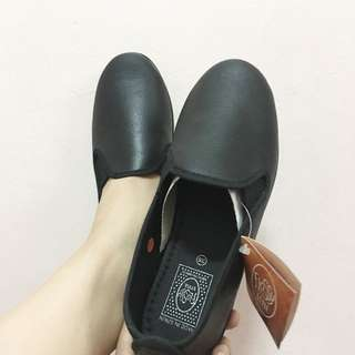 Flossy Black Slip On (new)