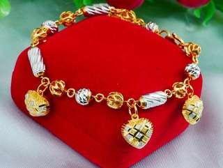 Dangling Bracelet