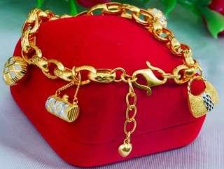 Dangling Osaka Bracelet