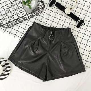 Pu leather shorts
