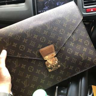 LV monogram porte documents senateur  year 1991 M53335
