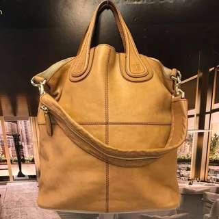 新春優惠貨品 Givenchy Leather Tote Bag
