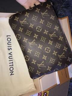 AUTHENTIC LV pouch