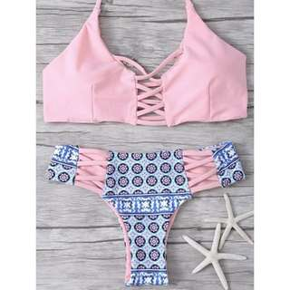 Po: sexy abstract porcelain details pastel pink bikini 👙 set