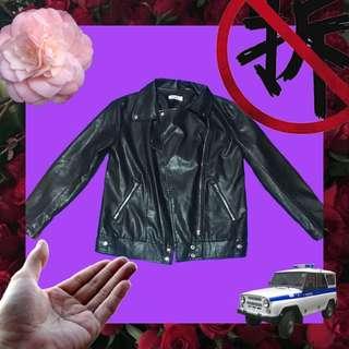 🚚 🚧特價🉐️黑色皮風外套🏁
