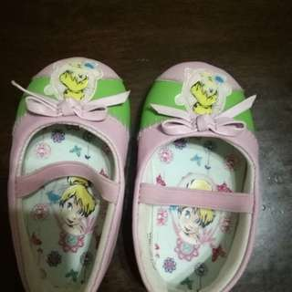 Infant shoes (size 20)
