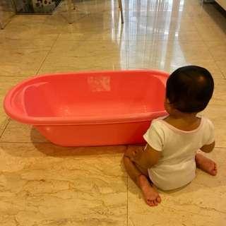 #15Off Mothercare Ergonomic Baby Bathtub