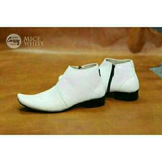 Sepatu pria cevany mice