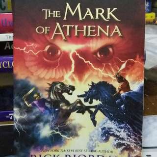 Novel the Mark of Athena