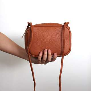 Shelly w/ Sling (gray, brown)