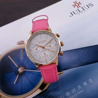 JULIUS JA- 862#p   Diameter : 3,5cm Original Watch Material Strap : Leather  Ready 2 colours : - Pink Gold - Blue Silver  Feature : Crono,Date,Day active Crystal Glass New Models Free box Julius Warranty machine 1 year   H 440rb