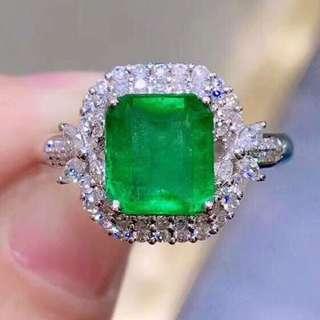 18K白金 哥倫比亞祖母綠鑽石戒指