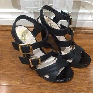 Women black leather sandals size 5