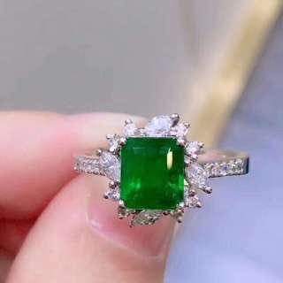 18K白金 哥倫比亞頂級祖母綠鑽石戒指