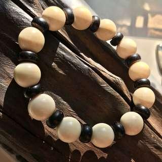 Ivory & Coconut shell bracelet