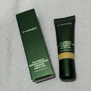 Authentic MAC Pro Longwear Foundation